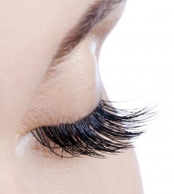 24K Gold Organic Eyelash Growth Serum: Dazzle Lashes